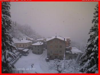 Marzo inizia con l'Inverno. Neve a bassa quota su Alpi ed Appennini.