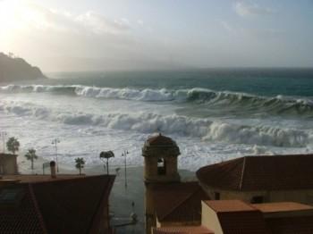 Venti tempestosi in arrivo, mare fino a grosso!