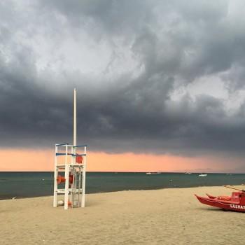 Ultimo weekend di agosto tra sole, caldo e molti temporali diffusi: quali le zone più interessate?
