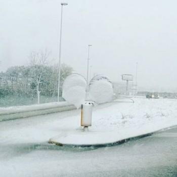 Freddo raggiunge il Nord: Neve fino in spiaggia tra Veneto e Emilia [FOTO]