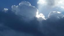 Meteo giovedì 28 ottobre: rovesci su Sardegna, peggiora su Sicilia, bel tempo altrove