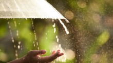 Nuova perturbazione in arrivo: stop alle belle giornate, tornano le piogge nel weekend!