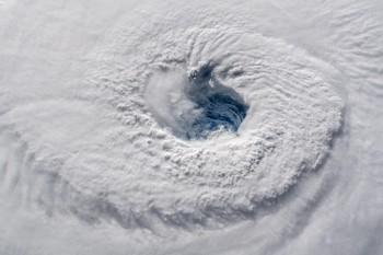 Quando gli uragani raffreddano gli oceani: l'esempio di Florence ed Helene