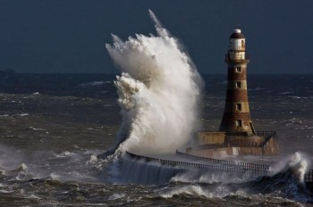 Focus Campania: peggioramento in arrivo con forti venti, mareggiate e intensi accumuli!