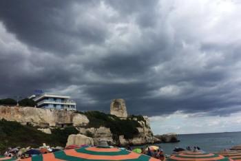 Inizio settimana con instabilità a tratti: piogge e nuvole ok, ma le temperature sono alte!