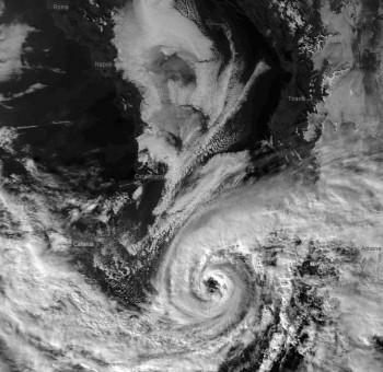 I cicloni mediterranei saranno meno frequenti, ma più devastanti
