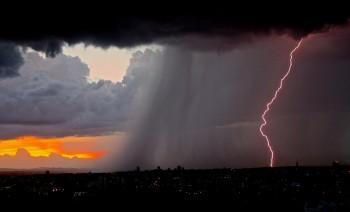 Altro weekend nuova perturbazione: sole, nuvole, piogge e temporali no stop in Italia!