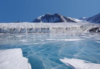 Scoperti 28 nuovi virus in un antico ghiacciaio tibetano