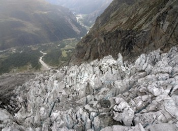 Nuova allerta per il ghiacciaio Planpincieux, 30 case evacuate per rischio crollo