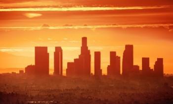 Il riscaldamento globale potrebbe stabilizzarsi nel giro di pochi decenni, ma servono le emissioni zero