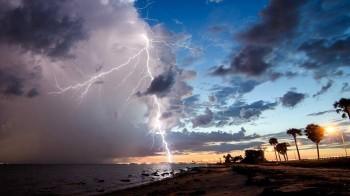 Weekend con altro impulso instabile: piogge, nuvole, temporali contro la stabilità, in quali aree?