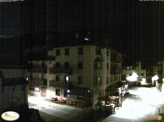 Webcam Livigno (SO) - Hotel compagnoni - plaza dal comun   Meteo in ...