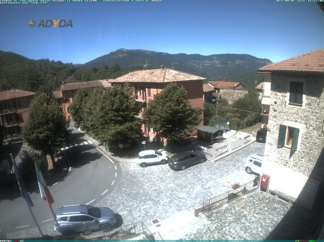 Webcam Cerignale Pc Vista Di Cerignalesullo Sfondo Il Monte