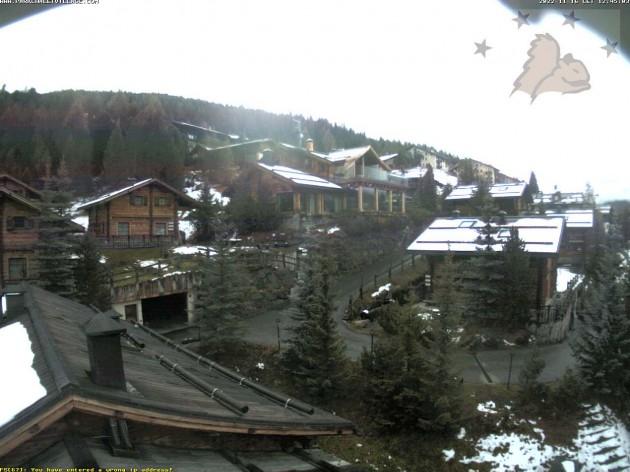 Webcam Livigno (SO) - Vista sul park chalet village   Meteo ...